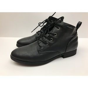 American Eagle Faux Leather Lace Up Booties Black